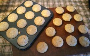 Ginger honey tea cakes