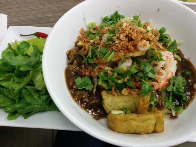 Sinh Sinh Vietnamese cuisine